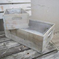 Bedýnka šedá dřevěná velká, 34x23x12cm