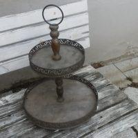 Etažér 2 patra kov + dřevo, v 55 cm