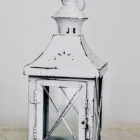 Lucerna bílá plech, v 26 cm, k dispozici 20 ks