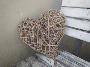 Proutěné srdce větší, 40 cm