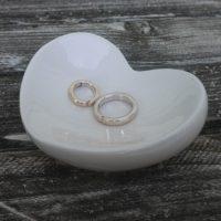 Srdíčko keramická miska krémová