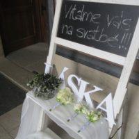 Stojan na květiny s tabulí, bílá