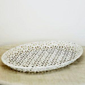 Tác bílý plechový oválný 30 x 13cm, k dispozici 3 ks