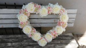 Srdce s přísavkami krémovo růžové velké, 70cm